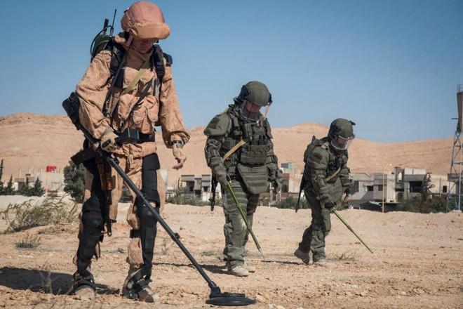 Mỹ-Nga đã có cách biến siêu chiến binh thành người lính bằng da thịt và kim loại? - Ảnh 8.