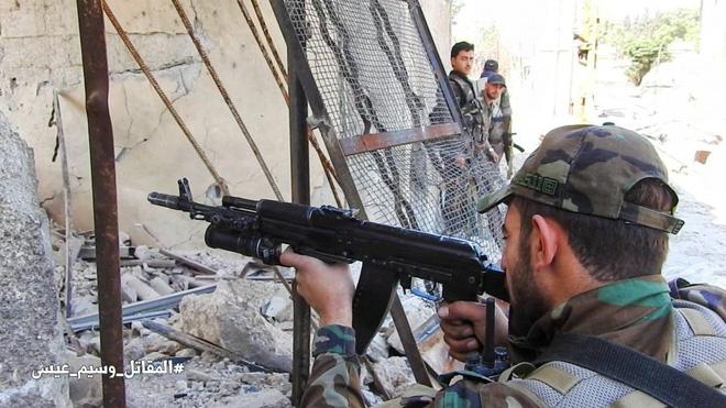Máy bay Mỹ chơi trò đùa tử thần sát biên giới Syria - Tàu chiến Nga chất đầy tên lửa Kalibr tới Tartus - Ảnh 10.