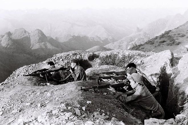 Bảo vệ biên giới - Việt Nam anh hùng: Chiến tranh ở hai đầu đất nước - Ảnh 4.