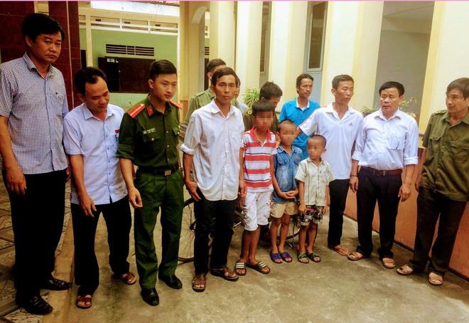 Sự thật câu chuyện 3 đứa trẻ chạy thoát khỏi ô tô của người đàn ông lạ ở Nghệ An - Ảnh 3.