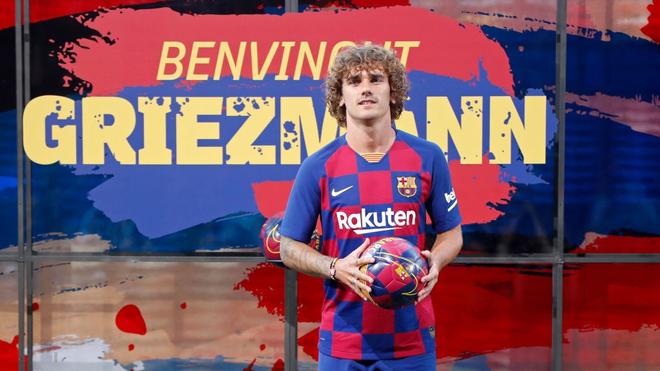 Về Barcelona rồi, bom tấn 120 triệu euro Antoine Griezmann biết đá ở đâu? - Ảnh 2.