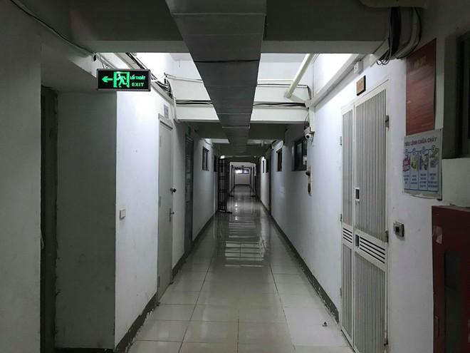 Dân chung cư ông Lê Thanh Thản bất ngờ việc bị thu hồi, hủy sổ đỏ mà không thông báo - Ảnh 1.