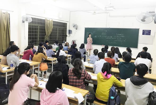 Cô giáo luyện thi IELTS Tố Linh nói gì về Teacher Dashboard, tính năng mới của ELSA Speak? - Ảnh 1.