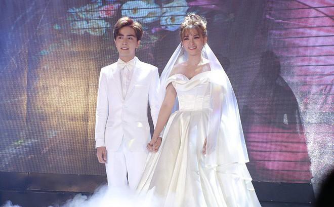 Đám cưới Thu Thủy và chồng trẻ kém 10 tuổi: Cô dâu chú rể trao nhau nụ hôn ngọt ngào chính thức nên duyên vợ chồng