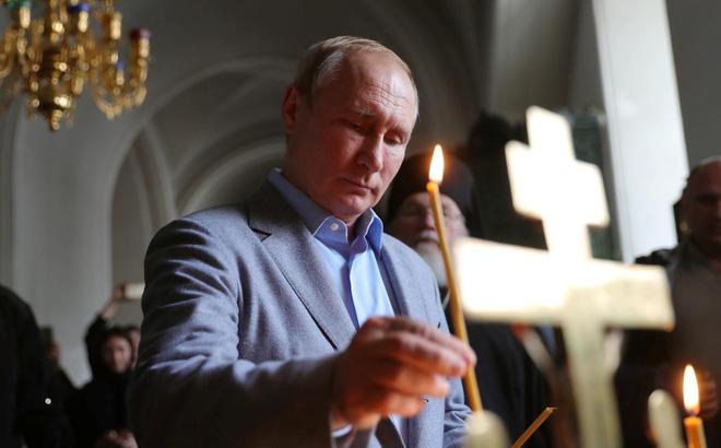 """Nga lại ra """"đòn hộ chiếu"""": Cư dân vùng chính phủ Ukraine kiểm soát ở miền Đông được đăng ký"""