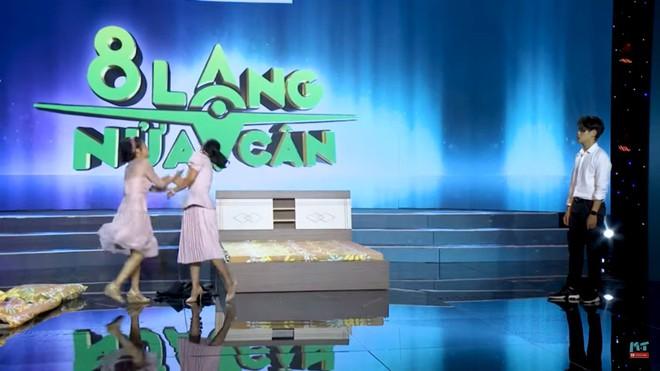Gameshow 8 lạng nửa cân: Mai Phương bật khóc, tát mạnh Ốc Thanh Vân - Ảnh 6.