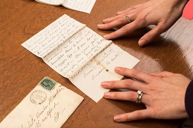 Tỷ phú viết di chúc giao hết tài sản cho con gái nuôi, con trai ruột chẳng nhận được gì và lý do xúc động đằng sau - Ảnh 4.
