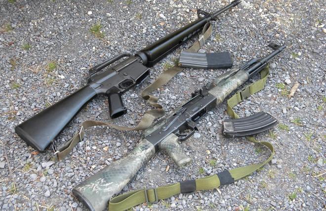 Khám phá khẩu súng Mỹ đáp trả súng trường tấn công hạng nặng ShAK-12 của Nga - Ảnh 1.