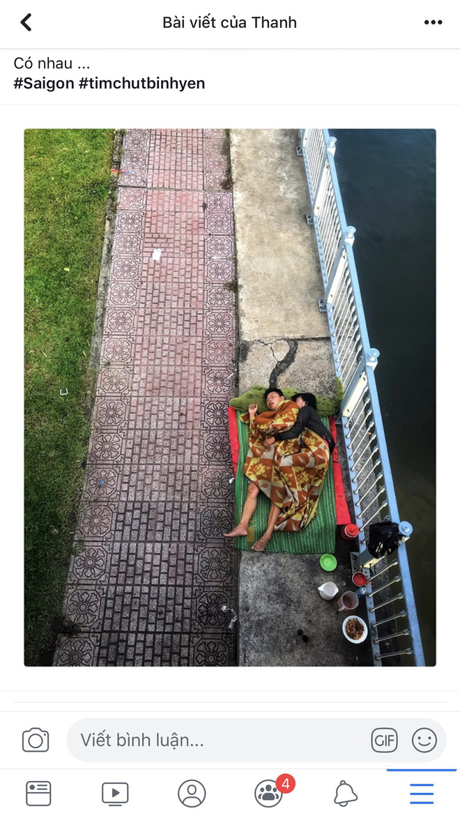Khoảnh khắc đôi vợ chồng vô gia cư ôm nhau ngủ dưới cầu ở Sài Gòn khiến ai qua cũng dừng lại - ảnh 1