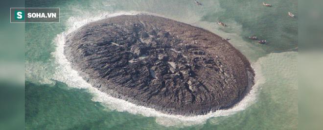 Bí ẩn hòn đảo chỉ tồn tại 6 năm rồi bị nước biển nuốt chửng - Chuyện gì đang diễn ra? - Ảnh 1.