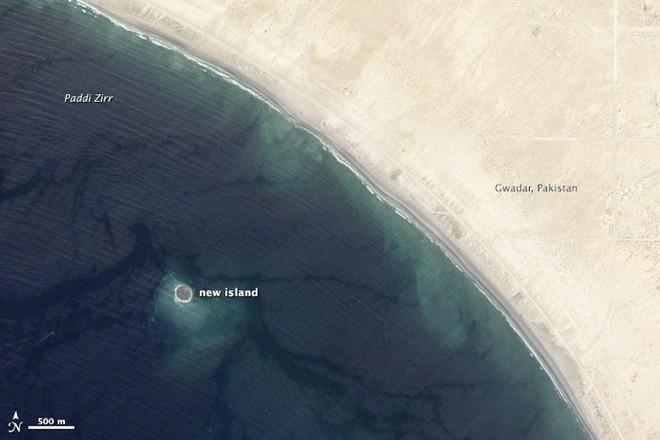 Bí ẩn hòn đảo chỉ tồn tại 6 năm rồi bị nước biển nuốt chửng - Chuyện gì đang diễn ra? - Ảnh 2.