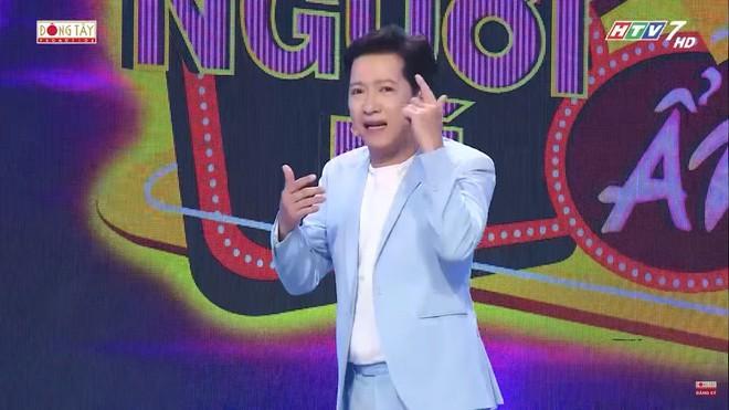 Chàng trai trình diễn rùng rợn, nuốt dao lam, rắn sống được Trấn Thành, Việt Hương tặng 10 triệu - Ảnh 4.