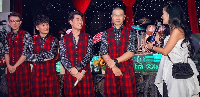 Diva Hồng Nhung mặc trẻ trung, gợi cảm đến chúc mừng nhóm Oplus ra mắt album mới - Ảnh 7.