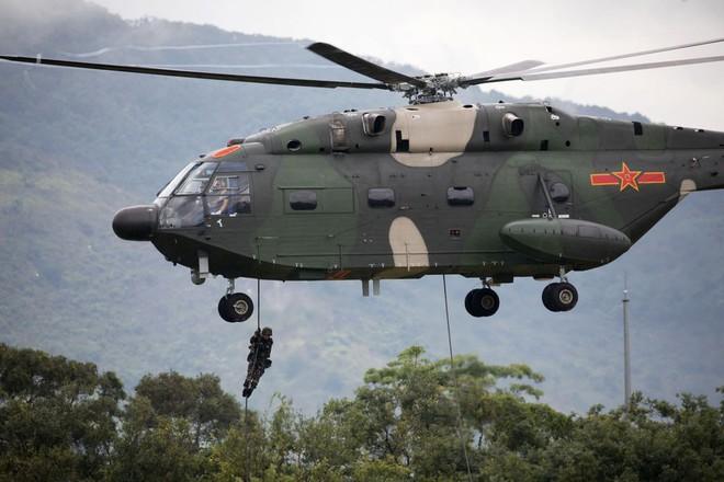 Khám phá khả năng quân sự của Trung Quốc ở Hong Kong - Ảnh 7.