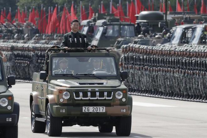 Khám phá khả năng quân sự của Trung Quốc ở Hong Kong - Ảnh 1.