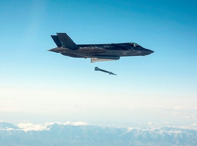 Nga giật mình khi tiêm kích F-35 Mỹ hiện diện ngay tại quốc gia từng thuộc Liên Xô - Ảnh 13.
