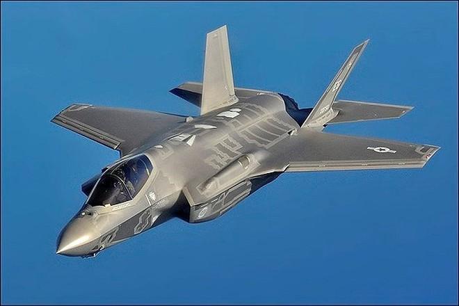 Nga giật mình khi tiêm kích F-35 Mỹ hiện diện ngay tại quốc gia từng thuộc Liên Xô - Ảnh 7.