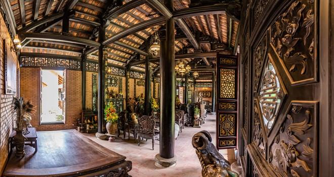 Nhà vườn rộng 1.600 m2 và hồ cá Koi 5 tỉ đồng của Hoàng Mập - Ảnh 4.