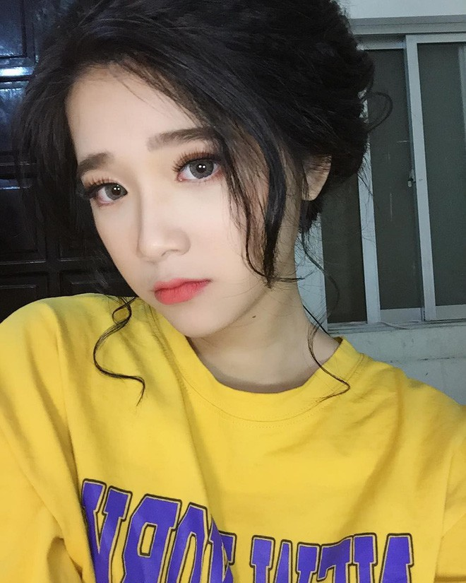 Girl xinh nóng bỏng sở hữu gương mặt giống Linh Ka được lên báo Trung: 'Mình không thích bị nhìn nhận là giống một ai đó' - ảnh 5
