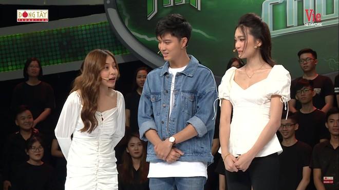 Bạn gái cầu thủ Quang Hải bị chê thiếu kiến thức khi tham gia chương trình truyền hình - Ảnh 3.