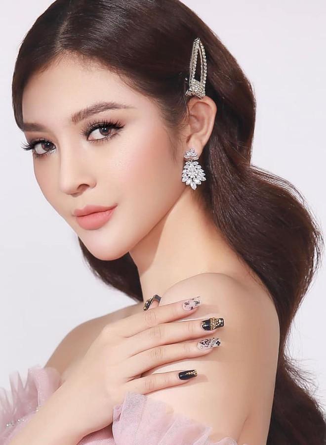 Dàn thí sinh nóng bỏng ghi danh Hoa hậu Hoàn vũ Việt Nam 2019, mỹ nhân nào sẽ tiếp bước HHen Niê trên trường quốc tế? - Ảnh 7.