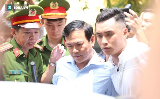 Ấn định ngày xử ông Nguyễn Hữu Linh sàm sỡ bé gái trong thang máy