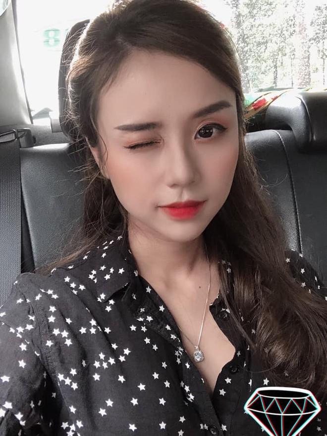Cận cảnh nhan sắc cháu gái nghệ sỹ Bảo Quốc - vừa tròn 23 tuổi, sinh 2 con gái cho Hoài Lâm - ảnh 6