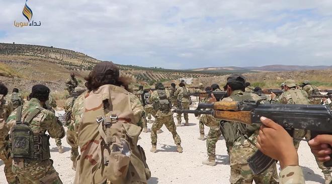 Thùng thuốc súng Bắc Syria: Mỹ - Thổ chỉ chờ tia lửa? - Ảnh 2.