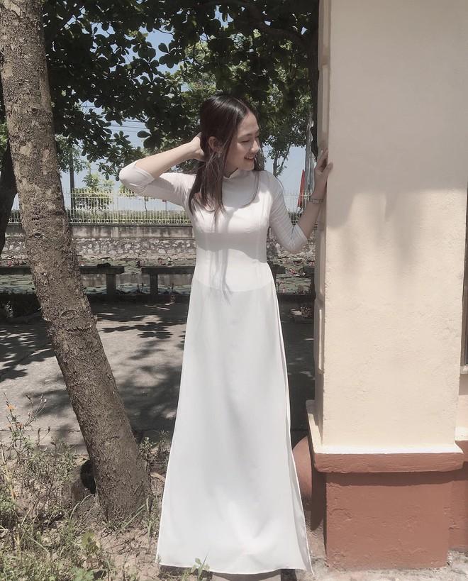 Lên chùa tu hành, nữ sinh Ninh Bình khiến gây sốt khi tình cờ lọt vào ống kính nhiếp ảnh - Ảnh 9.