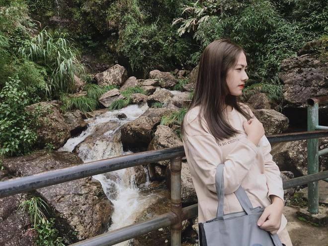 Lên chùa tu hành, nữ sinh Ninh Bình khiến gây sốt khi tình cờ lọt vào ống kính nhiếp ảnh - Ảnh 8.