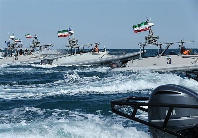 Căng thẳng Iran - Anh tới đỉnh điểm: Hiệp sĩ sẽ dạy cho Iran một bài học? - Ảnh 3.