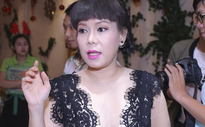 """Việt Hương hài hước: """"Tôi đã nói với Trấn Thành rồi, bây giờ tôi không làm nghệ sĩ nữa"""""""