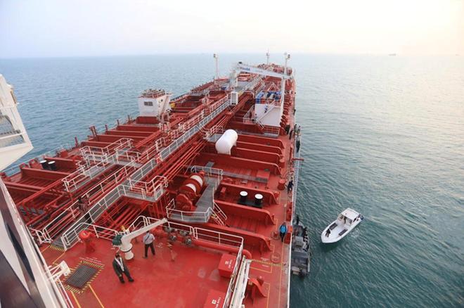 Chuyên gia phơi bày ý đồ của Iran khi bắt giữ tàu dầu Anh - Ảnh 1.
