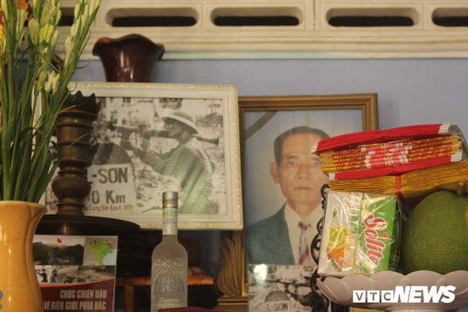 Hành trình tìm người lính trong bức ảnh biểu tượng nhất cuộc chiến chống Trung Quốc xâm lược - Ảnh 1.
