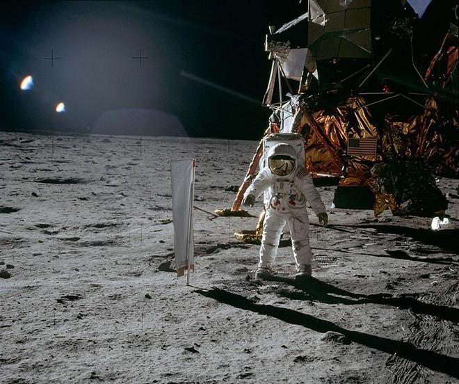 Nôn nóng hạ bệ Mỹ, Liên Xô phạm sai lầm chí tử: Phút tự vẫn cay đắng của Luna-15 - Ảnh 6.
