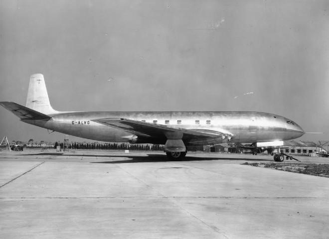 Lịch sử đẫm máu liên quan tới các góc bo tròn trên cửa sổ máy bay - Ảnh 2.