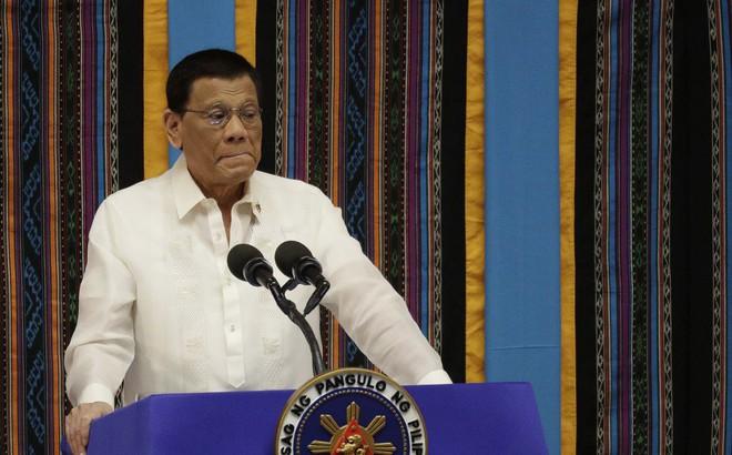 TT Duterte phải xin phép ông Tập để ngư dân Philippines đánh cá ở... EEZ Philippines