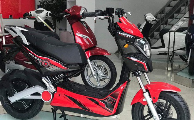 Cặp đôi xe điện mới của VinFast bất ngờ xuất hiện ở đại lý, giá khoảng 20 triệu đồng