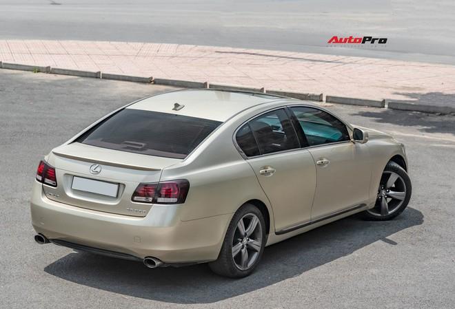 Qua thời đỉnh cao, Lexus GS 350 bán lại chỉ hơn 700 triệu đồng - Ảnh 3.
