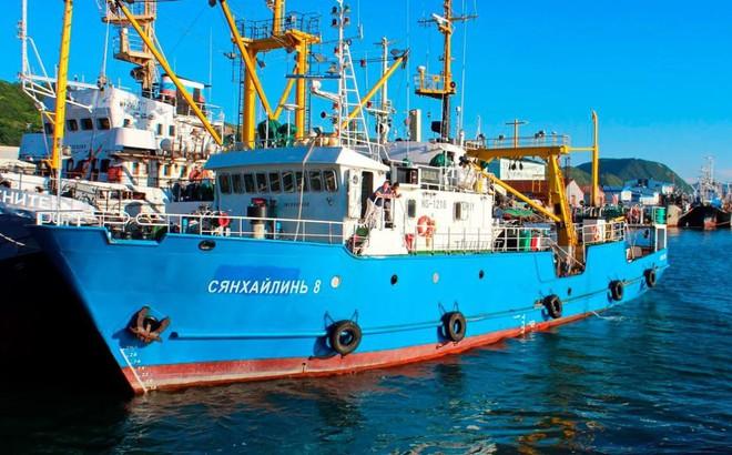 """Triều Tiên bắt giữ tàu đánh cá Nga, thủy thủ bị """"giam"""" trên tàu, có cả người Hàn Quốc"""