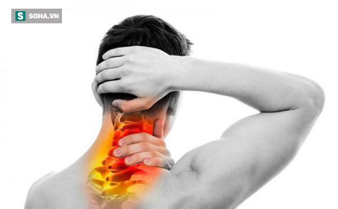 3 căn bệnh xương khớp tấn công dân văn phòng: 6 điều bạn nên làm ngay để không mang tật - Ảnh 1.