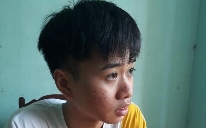 """Nam thanh niên bị phạt 5 triệu vì đăng tin Trưởng công an huyện bị """"xúc hội đồng"""" lên facebook"""