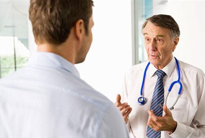 Vì sao nam giới ngày nay mãn dục sớm hơn: Hãy nghe chuyên gia Nam học trả lời - Ảnh 1.