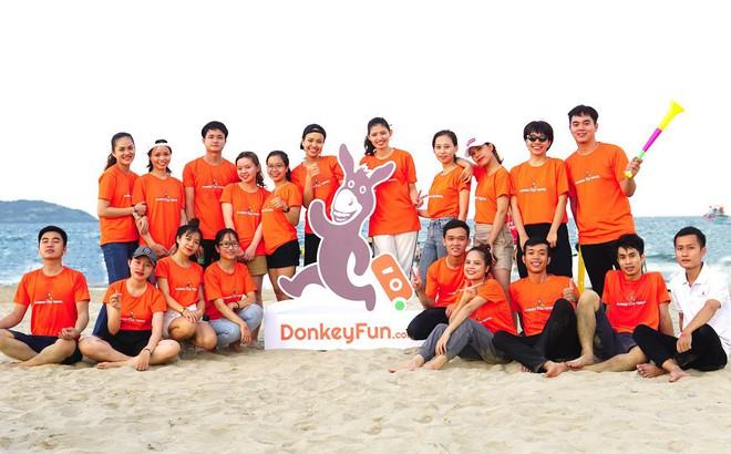 """Chiều nhân viên hết cỡ, Donkey Fun Travel """"bê"""" cả dàn gameshow truyền hình về tổ chức cho nhân viên chơi"""