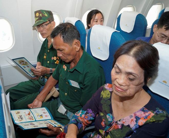 Hành trình đặc biệt tới Hà Nội của cựu tù Côn Đảo và thương binh chiến trường Campuchia - Ảnh 15.