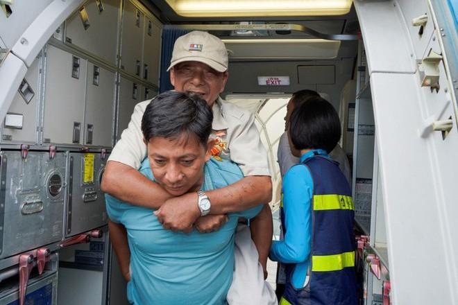 Hành trình đặc biệt tới Hà Nội của cựu tù Côn Đảo và thương binh chiến trường Campuchia - Ảnh 18.