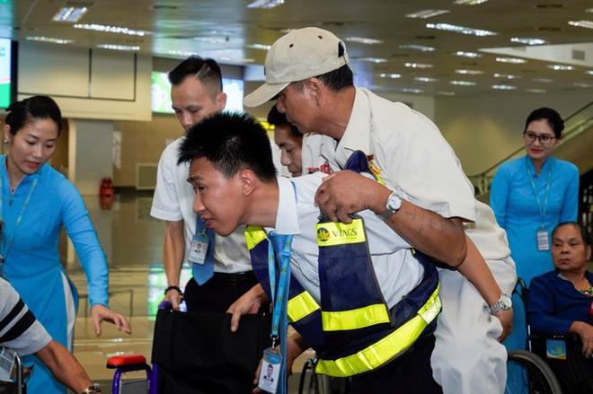 Hành trình đặc biệt tới Hà Nội của cựu tù Côn Đảo và thương binh chiến trường Campuchia - Ảnh 23.