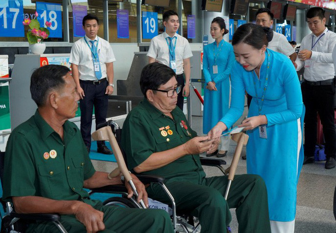 Hành trình đặc biệt tới Hà Nội của cựu tù Côn Đảo và thương binh chiến trường Campuchia - Ảnh 8.