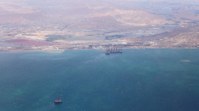 Tàu Iran bất ngờ phát tín hiệu khẩn cấp ở biển Caspian - Những giờ phút gay cấn, chạy đua với thời gian - Ảnh 1.