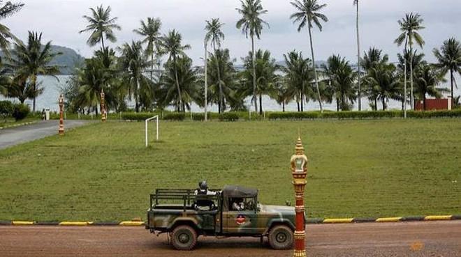 Campuchia đưa báo chí đi xem căn cứ quân sự bị tố cho Trung Quốc sử dụng - Ảnh 3.